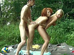 passionate-sc5 w Loulou Red and Patricia Blonde