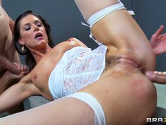 Porn star India Summer gets interrogated by two detectives that