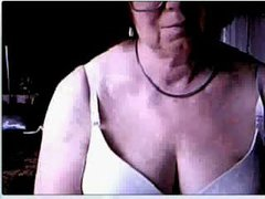 Session on webcam with my mom. She don't recognize me
