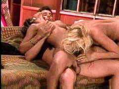 A strapon and guy double penetration