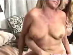 Mature lesbians give pleasure to each other-3