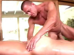 Amateur straighty sucks masseuse cock
