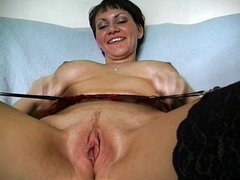 MILF gets horny