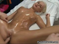 Hot blonde babe gets her pussy fucked