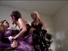 Three lezzies in latex have a good time